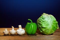 Légumes frais et champignons de couche photos stock