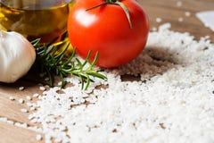 Légumes frais et riz cru Photographie stock libre de droits