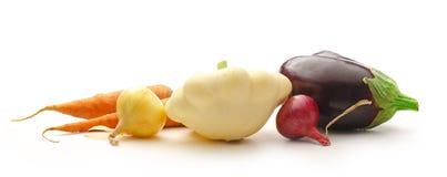 Légumes frais sur le fond blanc image libre de droits