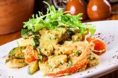 Légumes frits avec de la sauce à noix Images libres de droits