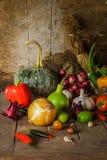 Légumes, herbes et fruit toujours de la vie. Photo stock