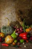 Légumes, herbes et fruit toujours de la vie. Image stock