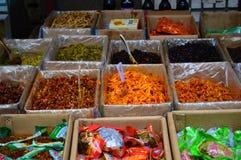 Légumes marinés à vendre le marché de Yichang Photographie stock libre de droits
