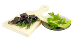 Légumes prêts à ajouter l'épice à la nourriture Images stock