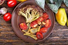 Légumes rôtis d'un plat Images stock