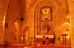Líbano: La capilla de los cedros en Bscharreh en el Qadisha Vally imagen de archivo