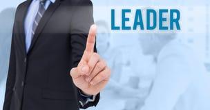 Líder contra fondo azul Imagenes de archivo