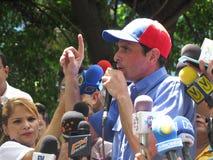Líder do oppsition de Henrique Capriles contra o presidente de Nicolas Maduro Venzuelan fotos de stock royalty free