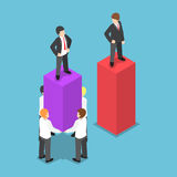 Líder isométrico negócio levar e de aumento de Use His Employees Imagens de Stock