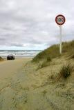 Límite de velocidad de la playa Imagen de archivo libre de regalías