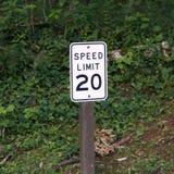 Límite de velocidad veinte Fotografía de archivo libre de regalías