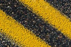 Línea amarilla doble Fotografía de archivo
