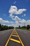 Línea amarilla símbolo del tráfico Foto de archivo libre de regalías