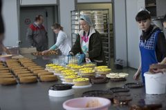 Línea culinaria industrial fotos de archivo libres de regalías