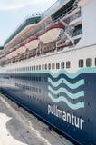 Línea de cruceros de Pullmantur, soberana Foto de archivo