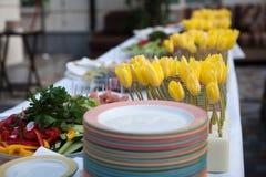 Línea de la comida fría de almuerzo y de cena Comida del autoservicio de la comida fría Imagenes de archivo