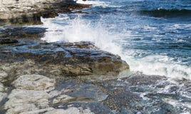 Línea de la orilla del océano Imágenes de archivo libres de regalías
