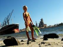 Línea de la playa de la industria Fotos de archivo libres de regalías