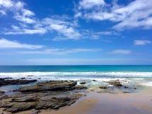 Línea de la playa del Pacífico Foto de archivo libre de regalías