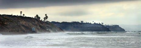 Línea de la playa en la playa cerca de carlsbad California fotografía de archivo libre de regalías