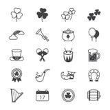 Línea de los iconos del día del St Patricks Imágenes de archivo libres de regalías