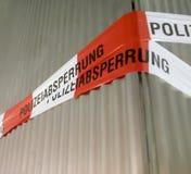 Línea de policía en Alemania Foto de archivo libre de regalías