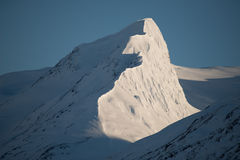 Línea de Ridge - contraste natural en las montañas Imagen de archivo libre de regalías
