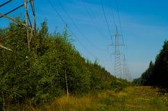 Línea de transmisión de potencia Imagenes de archivo