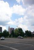 Línea del cielo de la ciudad Foto de archivo libre de regalías