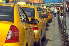 Línea del taxi Foto de archivo libre de regalías