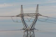 Línea eléctrica de alto voltaje fotos de archivo libres de regalías