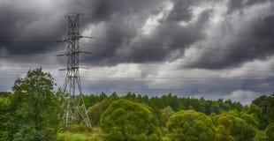 Línea eléctrica eléctrica Fotos de archivo libres de regalías