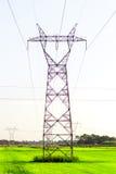 Línea eléctrica sobre campos Foto de archivo