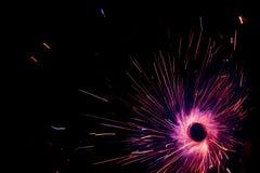 Línea hermosa estilo del azul del color claro La Navidad y el Año Nuevo van de fiesta estilo ardiente del círculo de la bengala Foto de archivo