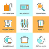 Línea iconos de los utensilios de cocinar fijados Fotos de archivo libres de regalías
