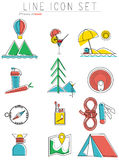 línea iconos del viaje fijados Equipo al aire libre, acampando Fotos de archivo