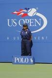 Línea juez durante partido en el US Open 2014 en Billie Jean King National Tennis Center Imágenes de archivo libres de regalías