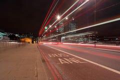 Línea Londres del cielo de la ruta del autobús Fotografía de archivo
