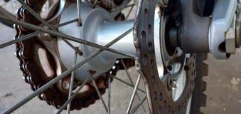 Línea motocicleta del alambre imágenes de archivo libres de regalías