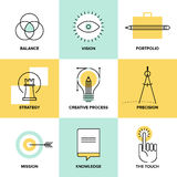 Línea plana creativa iconos del diseño de proceso stock de ilustración