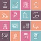 Línea profesional iconos del equipo del restaurante Herramientas de la cocina, mezclador, licuadora, sartén, procesador de alimen ilustración del vector