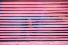 Línea rosada sobre el vidrio Fotografía de archivo