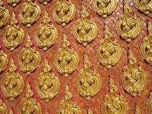 Línea tailandesa en el templo budista Foto de archivo libre de regalías