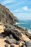 Línea volcánica de la costa Fotografía de archivo libre de regalías