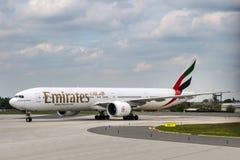 Líneas aéreas de los emiratos Imagen de archivo libre de regalías