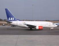 Líneas aéreas del SAS - Boeing 737 Fotos de archivo