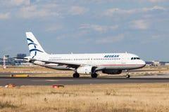 Líneas aéreas egeas Airbus A320 Foto de archivo