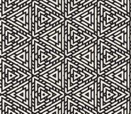 Líneas adornadas triangulares redondeadas blancos y negros inconsútiles modelo del vector Imagen de archivo libre de regalías