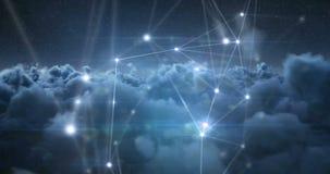 Líneas asimétricas en el cielo con las nubes 4k almacen de metraje de vídeo