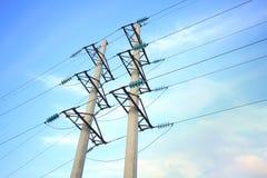Líneas de alto voltaje Foto de archivo libre de regalías